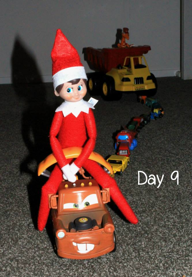 Elf on the Shelf Day 9